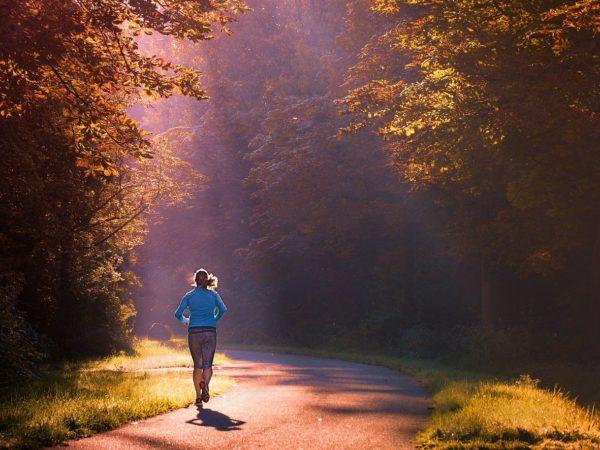 laufen-joggen-ausdauertraining-min